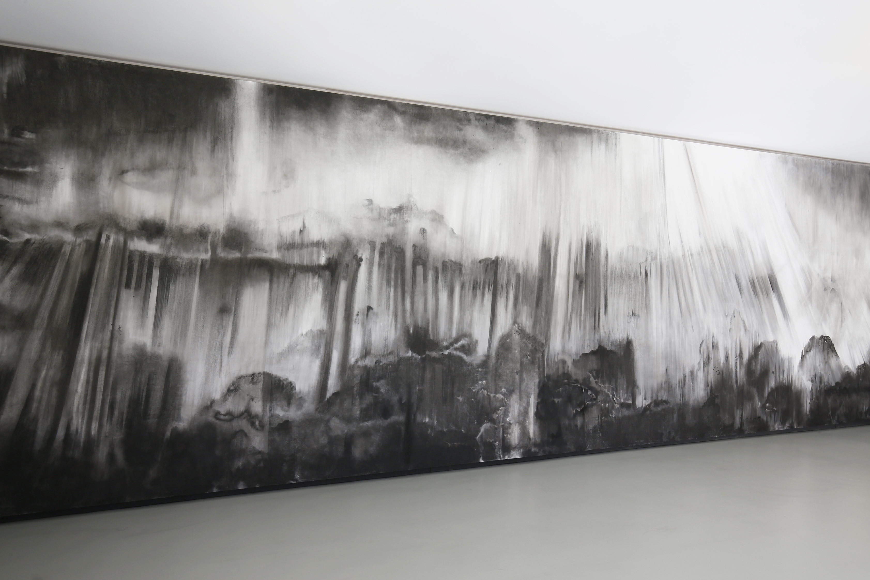 Composition n°1 (water), 2015. Charcoal in-situ (2200 x 350 cm)